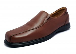 Formal Slipons with Full Apron